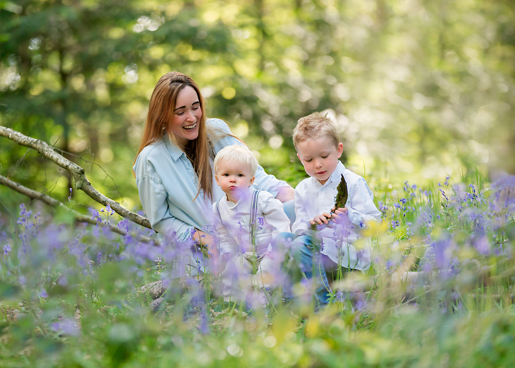 Family portraits in Barnsley, bluebell wood