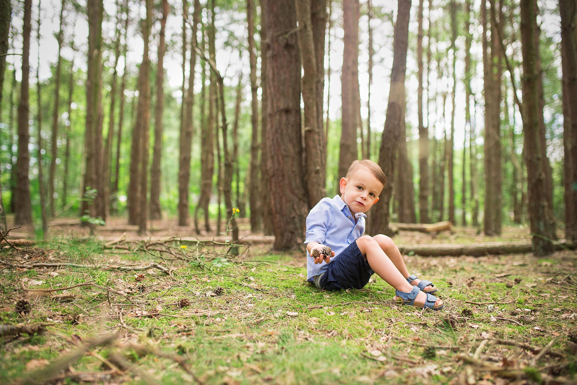 Barnsley family photoshoots, woodland mini