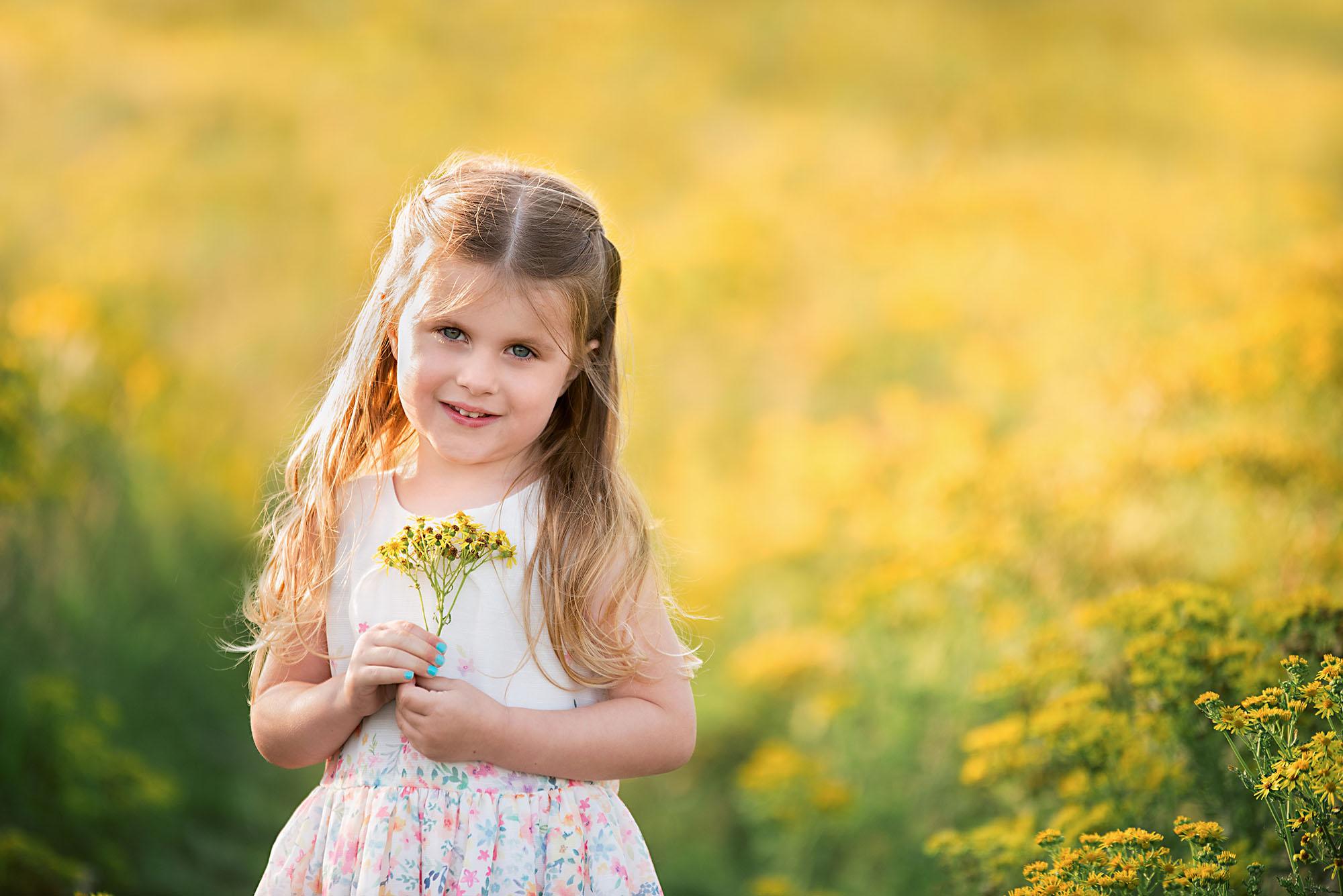 Barnsley photographer, children outdoor portrait