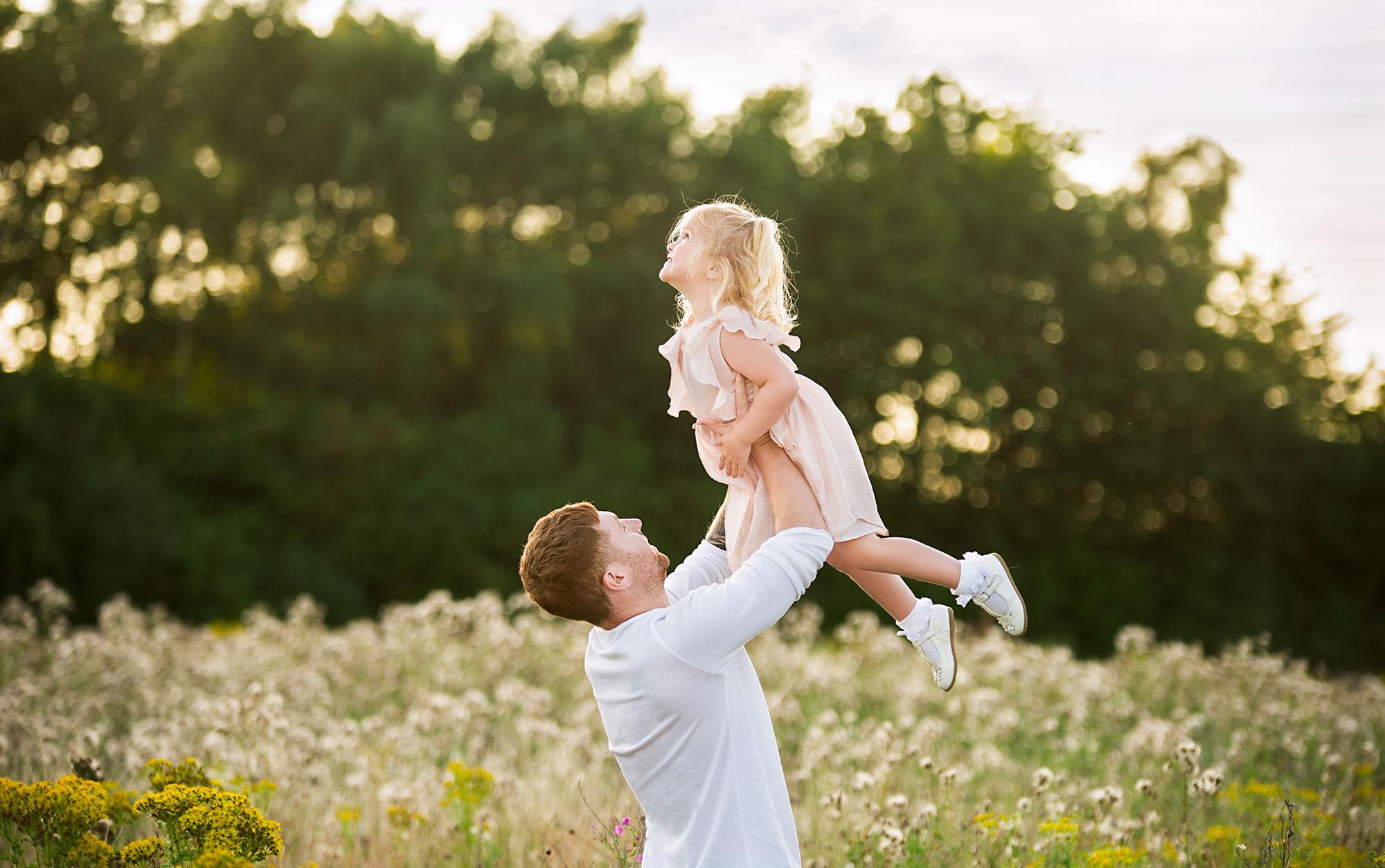 Photographer Barnsley, natural family portraits