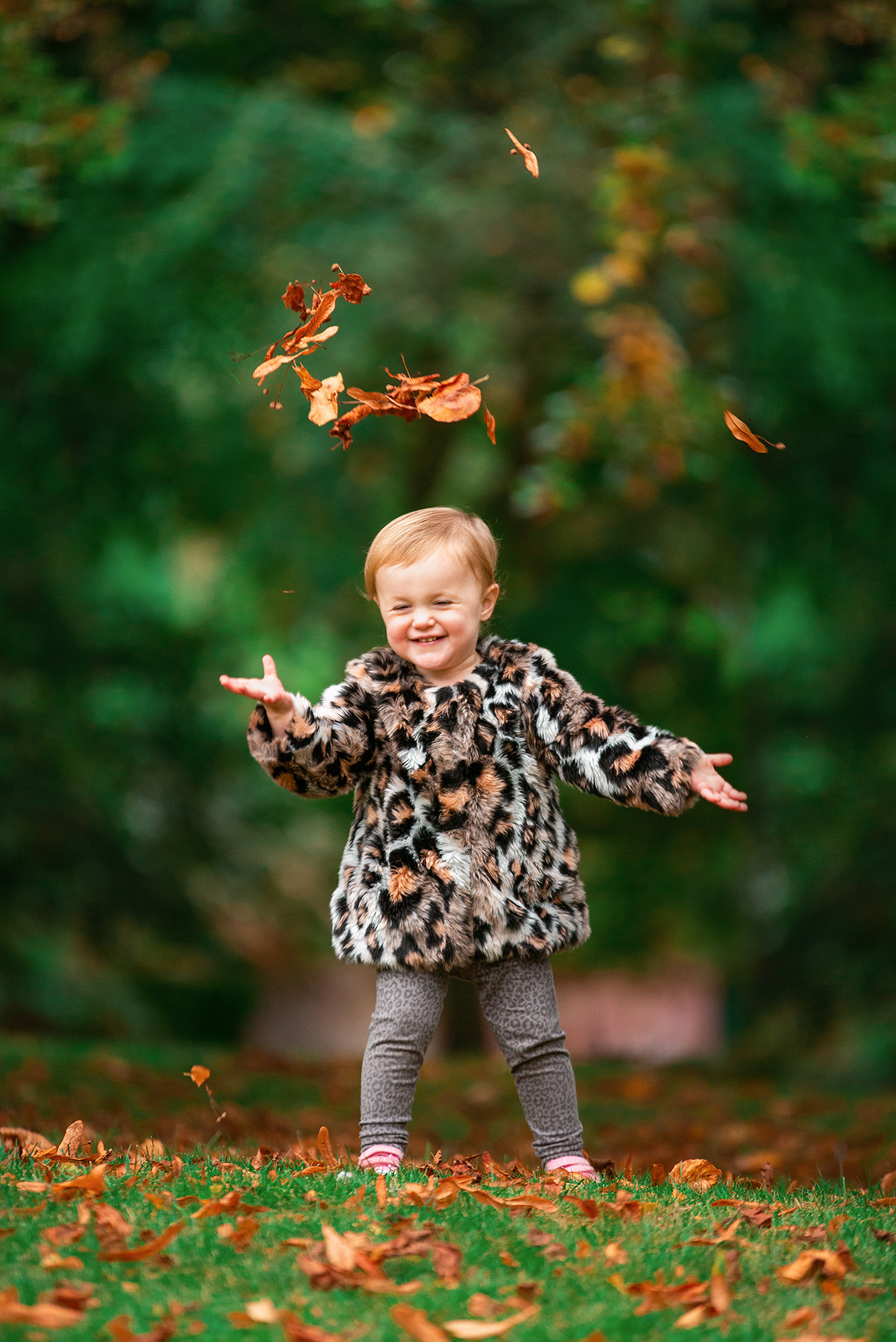 Photographer Barnsley, autumn baby photo shoot