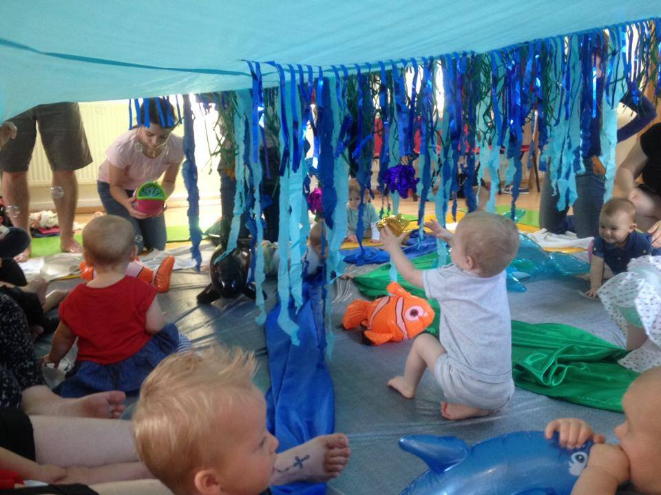 play groups and cafes for babies and toddlers around Barnsley, Baby sensory, under the sea