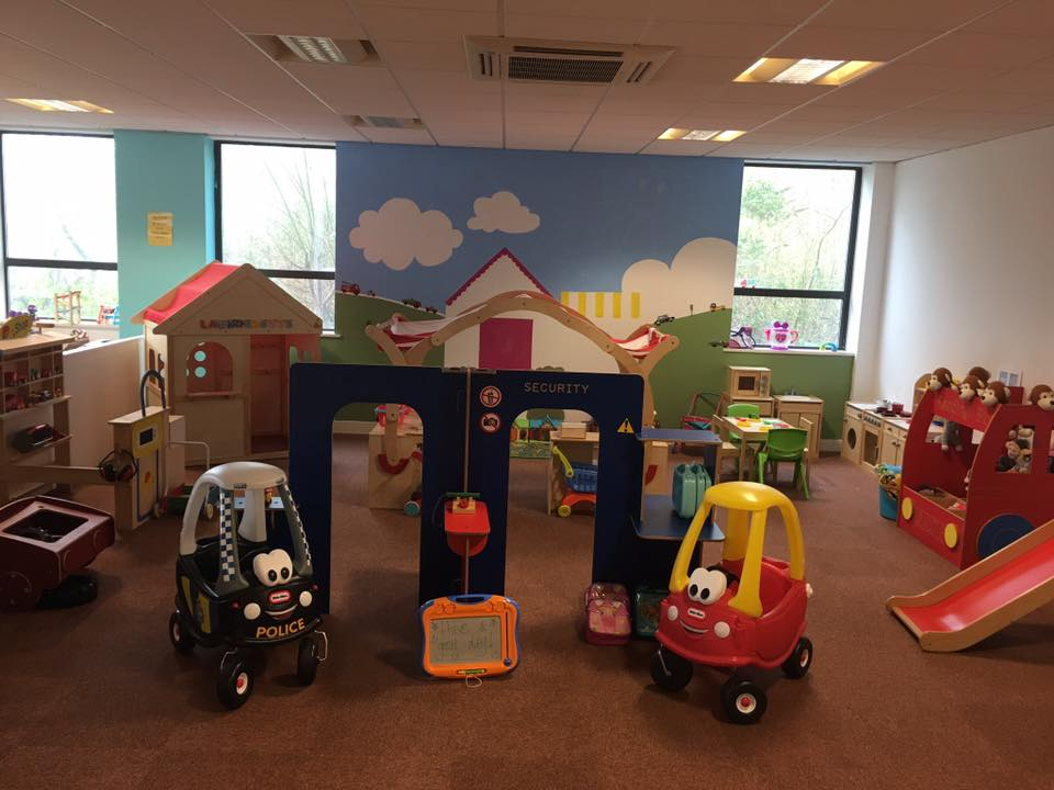 play groups and cafes for babies and toddlers around Barnsley, kiddi winx play cafe village to explore
