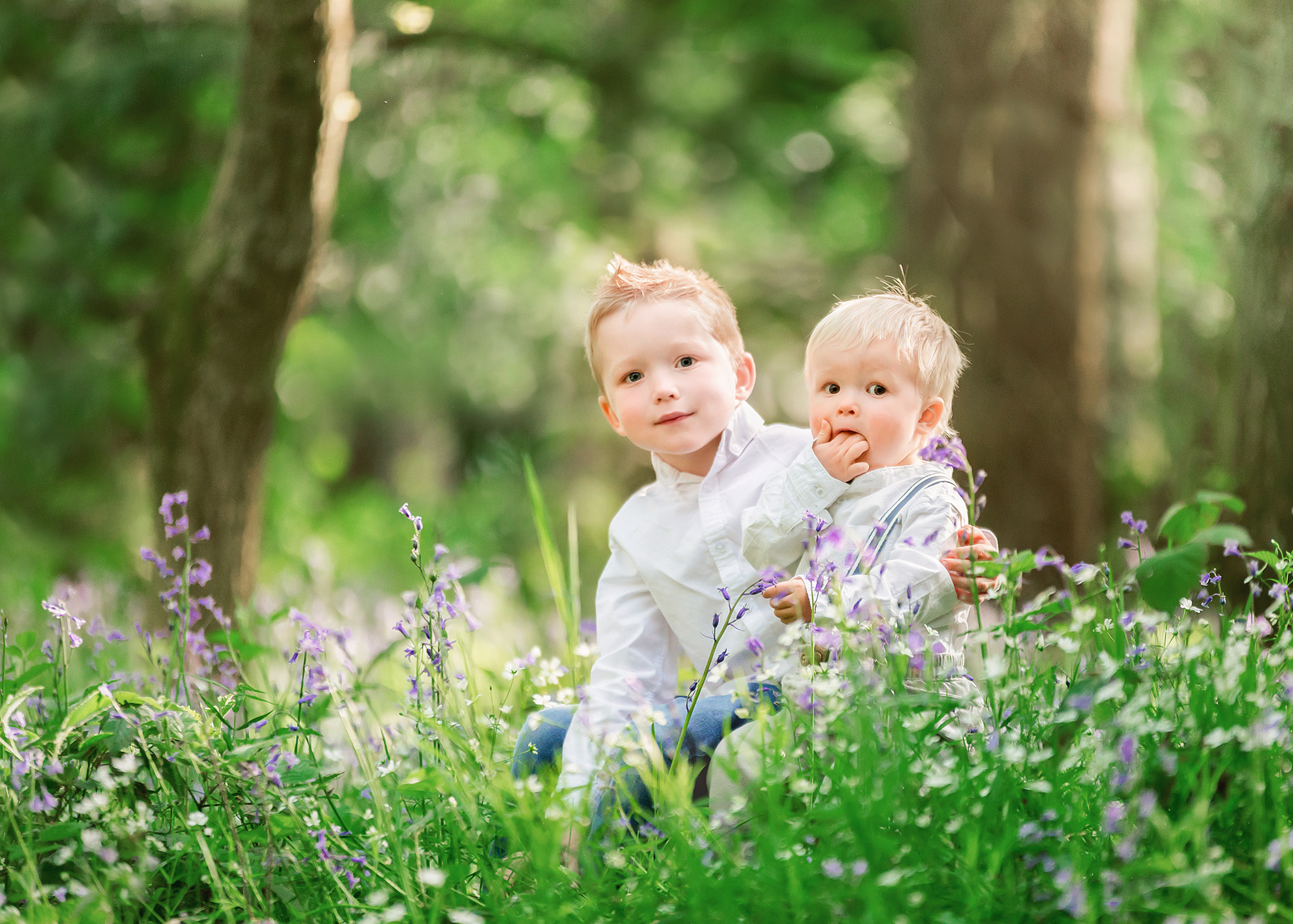 Family portraits near Wakefield, bluebell minis