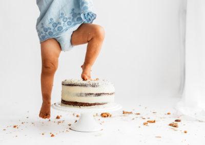 Cake Smash Photographer Barnsley, cake squishing