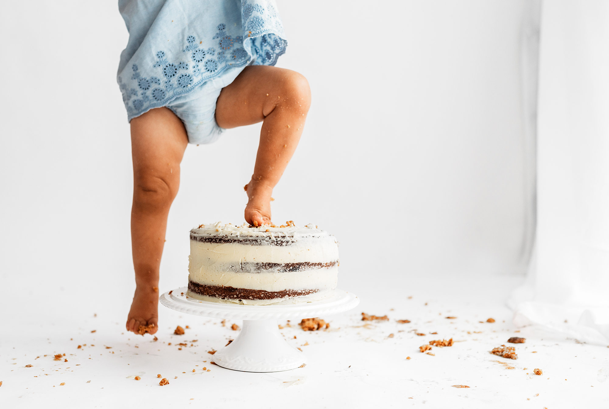 Cake Smash Photography Sheffield, cake squishing