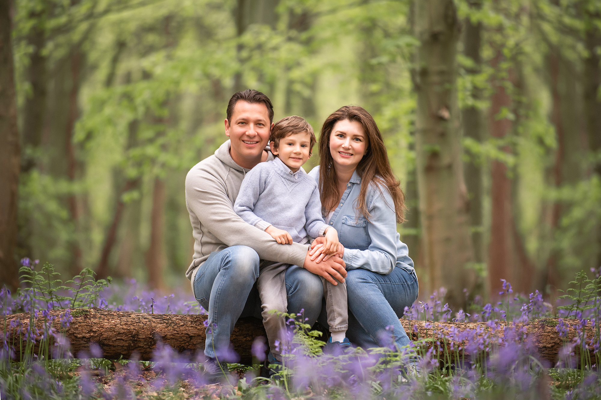 Family photographer Barnsley, taken in a gorgeous bluebell location